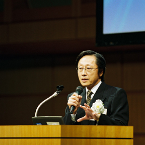 10-mr-hiroo-saionji.jpg